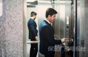 为什么电梯里要放镜子?原因很多人不知道